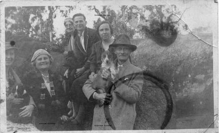 Dorothy Cartner, Lillian and Algernon Gillham and others