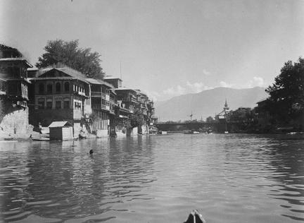 Srinagar from the Jhelum