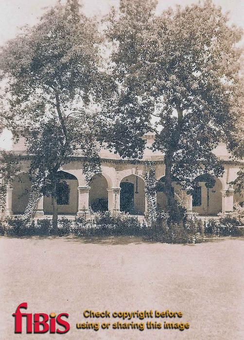 Bungalow, India ca 1920