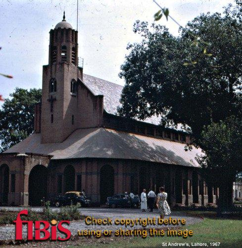 018a - St Andrew's, Lahore.jpg
