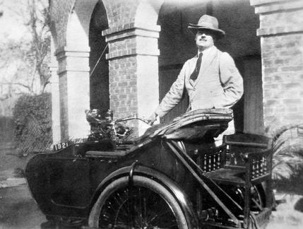 Cyril Cronan and motor bike in Calcutta 1925