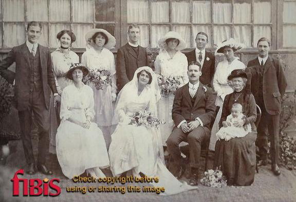 Wedding of Phyllis Heron & Cyril Cronan in Simla in 1916