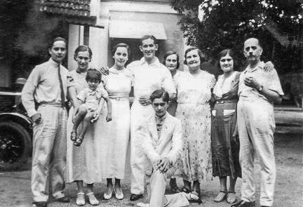Everett Family group Madras 1936