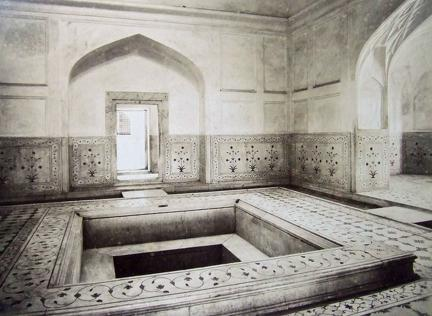 Kings marble bath in the palace Delhi